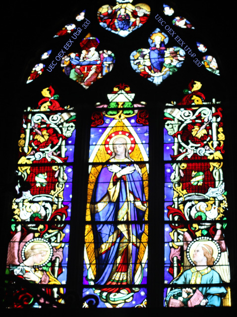 uec_fr_poitiers_baptistere_mary_window