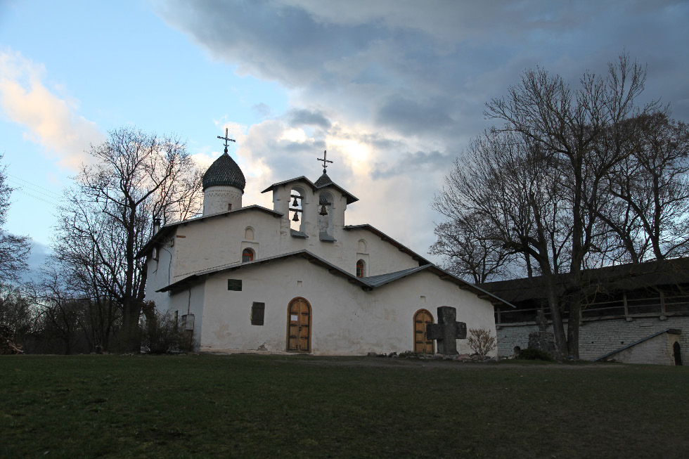 The Church of the Nativity and the Intercession of the Virgin by the Breach – Храм Покрова и Рождества Пресвятой Богородицы от Пролома