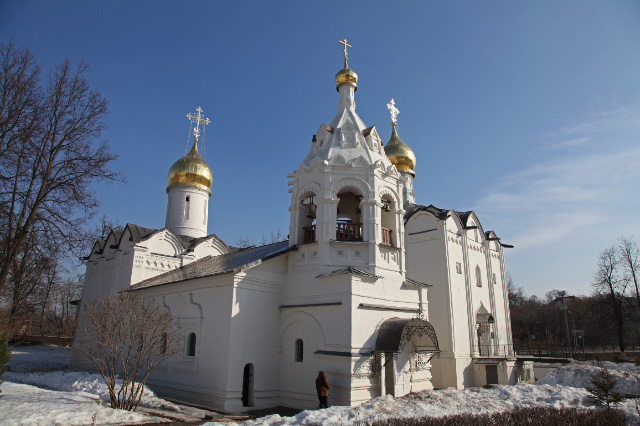 Pyatnitskaya and Presentation Churches from 1547 day